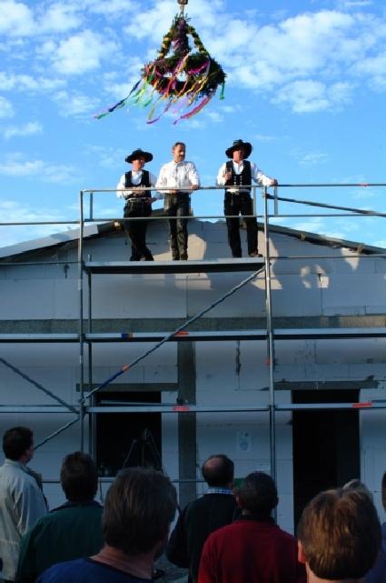 Bau_2002-09-16_003_Richtfest.jpg